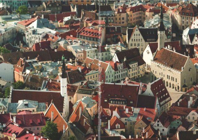 Tallinn, Szentlélek templom- és Városháza tér