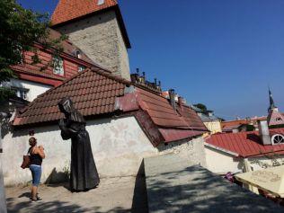 Tallinn IMG_2656 szerzetes szobor
