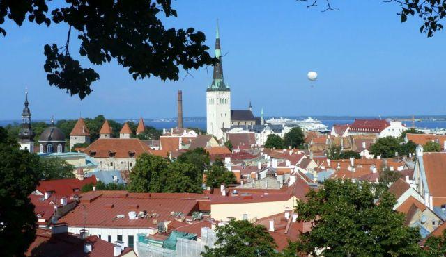 Tallinn P1650437 panoráma