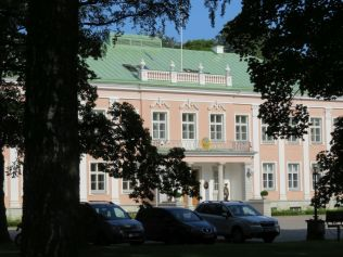 Tallinn IMG_8220 Gyö Elnöki palota