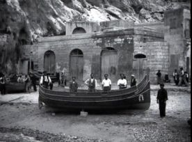 Gozo,_csónakban_2