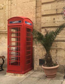 Málta IMG_4927 Zsu - Mdina, angol telefon fülke