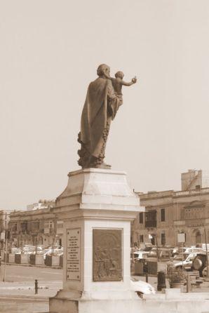 IMG_1115 3.nap V Mdina, Szt. József szobor