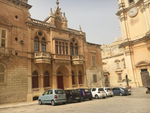 Málta IMG_4928 Zsu - Mdina, Pjazza San Pawl városháza