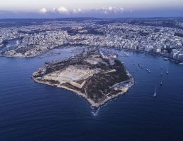 Aerial_view_of_Manoel_Island