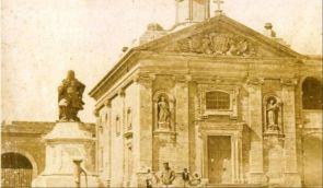 Fort_Manoel, Páduai Szt. Antal kápolna, Vilhena szobor 1858 előtt