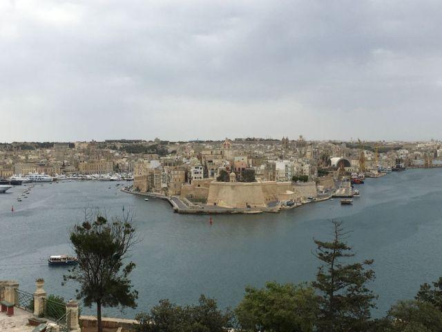 Málta IMG_4595 Zsu - Vallettából Senglea