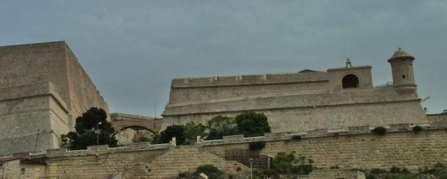 Málta P1670618 Floriana Lines _ St. Michael's bastion