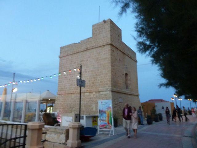 Málta, Sliema -St. Julien's Tower (de Redin torony) P1690198