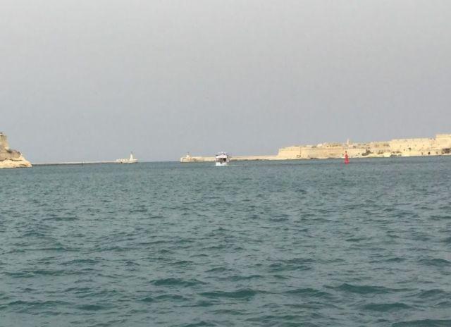 IMG_0058 Grand Harbour, hullámtörők 2.nap V