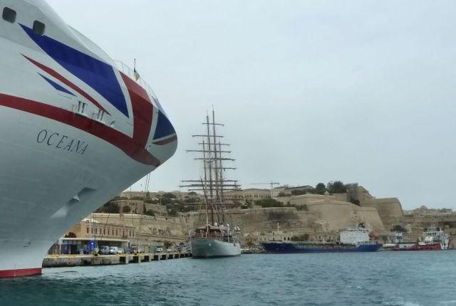 Málta P1670665 Grand Harbour Valletta _floriana, Lascaris rkp