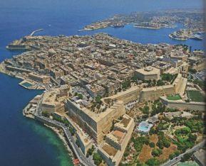 Valletta - felül és térkép 001