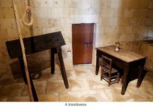 02- kínzókamra - Inquisitor_Palace_Birgu_2012_n30 Torture room