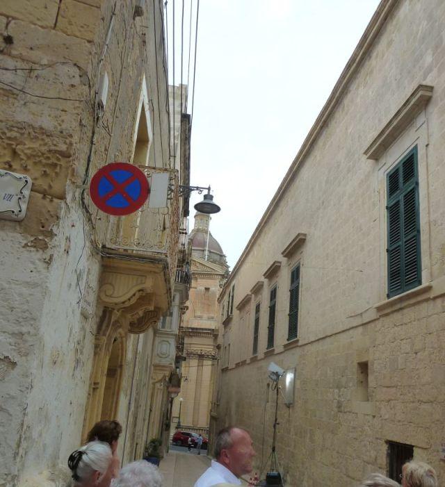 Málta P1680994 Három város, Birgu Annunciation tmpl kupola, Inkvizitor palota oldala