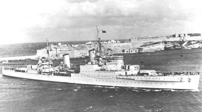 hms-gloucester-enters-malta-naval-history, 1940, szept