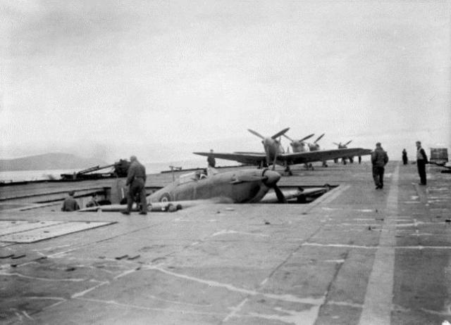 repülőgép anyahajó, HMS Argus