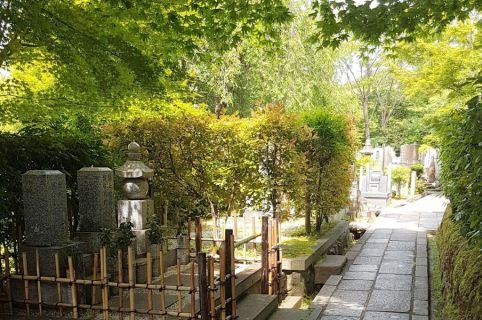 20180516_130649 N Kiotó, temető