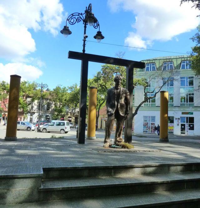 Szabadka P1770136 Kosztolányi szobor- Szarapka Tibor,2013