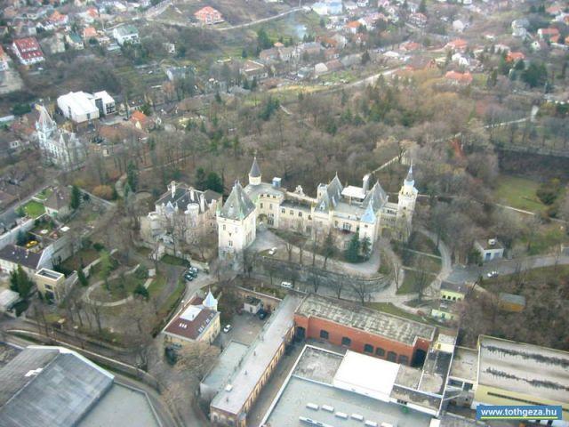 Budafok, Törley és Sacelláry kastélyok légi