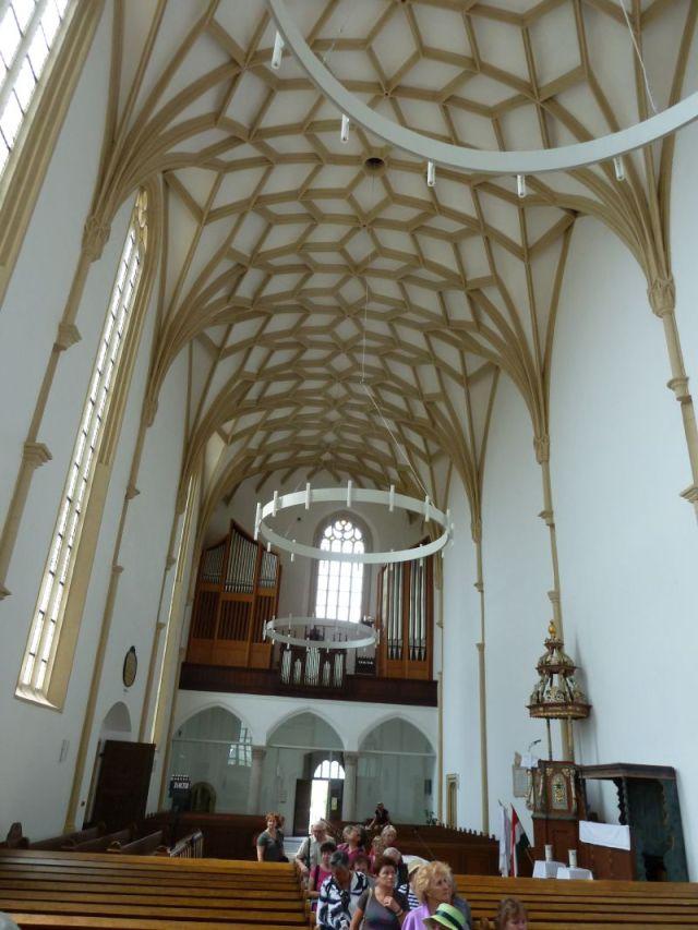 P1740675 Nyírbátor református templom, csillagrácsos hálóboltozat