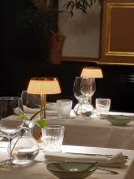 Ybl Café, sárga lámpák20191108_162824