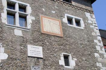 Genf 046 Napora a Baudet torony oldalan