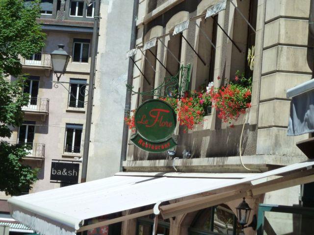 Genf P1700132 Egl.Madeleine körül